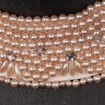 1940s Japanese Pretty Pearl Collar with diamonte - detail