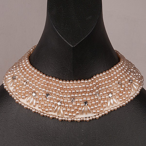 1940s Japanese Pretty Pearl Collar with diamonte - front
