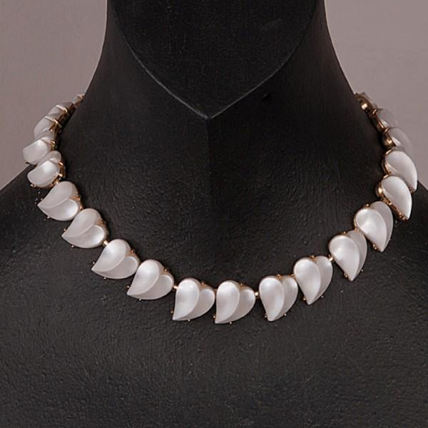 1940s TRIFARI lucite peralized hearts necklace