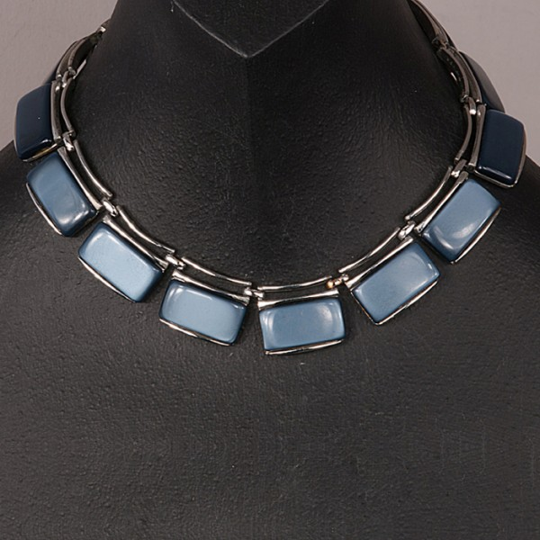 1950s lucite abd silver tone metal geometric necklace in blue
