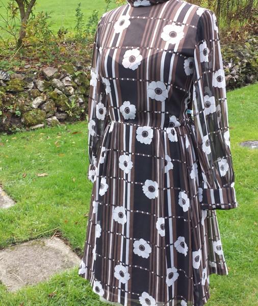 1960s Brown and White original CRESTA floral chiffon dress - 1