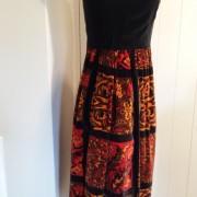 1960s Velvet dress Union made - side