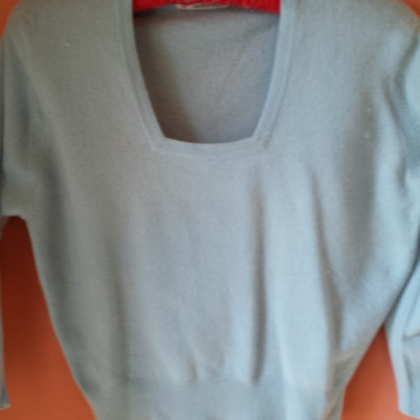 50s_pale_blue_sq_neck_cashmere_jumper