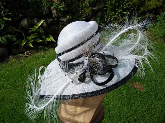 Unused Blk and White Philip Rayment Designed Hat